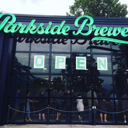parksidebrewery_opening