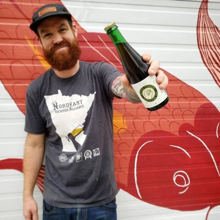 Short Finger Brewing Marking 4th Anniversary with Lando Day