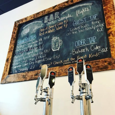 Boxing Rock Brewing Opens New Taproom in Shelburne, NS