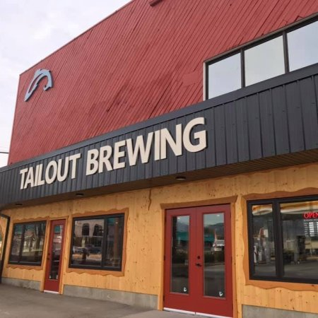 Tailout Brewing Now Open in Castlegar, BC