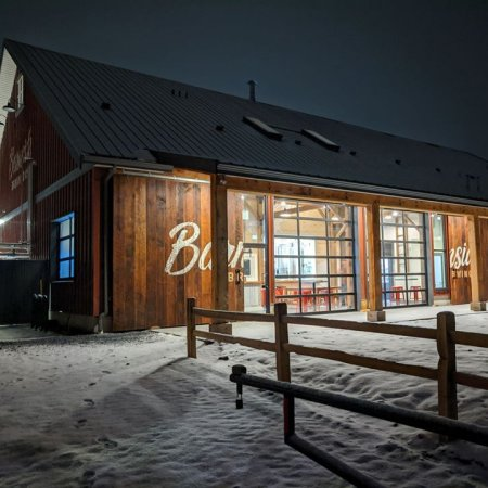 Barnside Brewing Now Open in Delta, BC