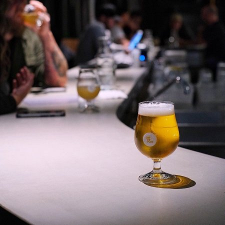 Superflux Beer Company Officially Opens Lounge