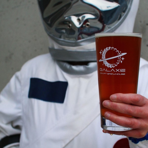 Galaxie Craft Brewhouse Now Open in White Rock, BC